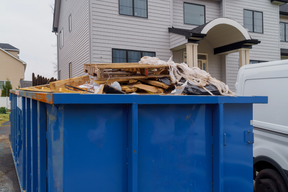Dumpster Rental vs. Garbage Removal for Milwaukee Home Improvement Projects