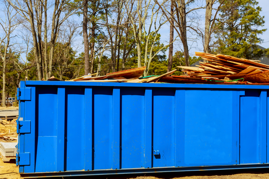 Assessing the Benefits of Dumpster Rentals in New Berlin, WI